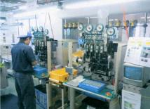 コイル量産設備:4軸自動巻線機